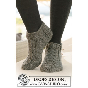 Leaf Ankle Socks by DROPS Design - Sokker Strikkeopskrift str. 35/37 - 41/43