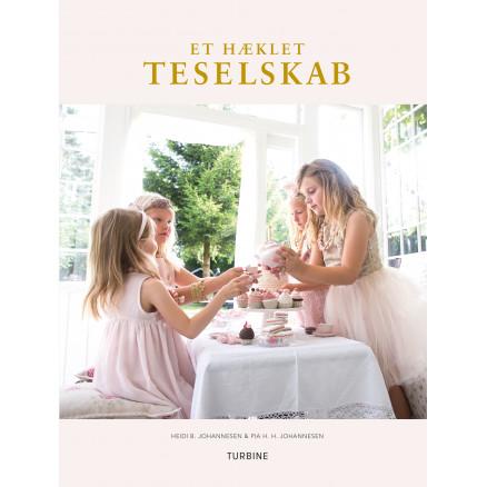 Image of   Et hæklet teselskab - Bog af Heidi B. Johannesen & Pia H. H. Johannese
