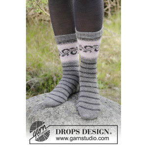 Telemark Socks by DROPS Design - Sokker Strikkeopskrift str. 35/37 - 41/43