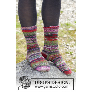 Rock Socks by DROPS Design - Sokker Strikkeopskrift str. 35/37 - 41/43