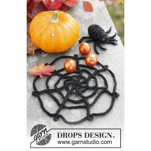 Webster by DROPS Design - Halloween Pynt Hækleopskrift Edderkop