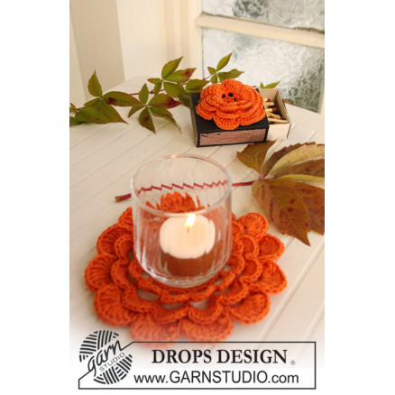 Image of   Pumpkin Blossom by DROPS Design - Halloween Pynt Hækleopskrift