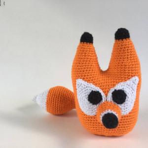 Fred the fox af UnkelDesign - Bamse Hækleopskrift 20cm