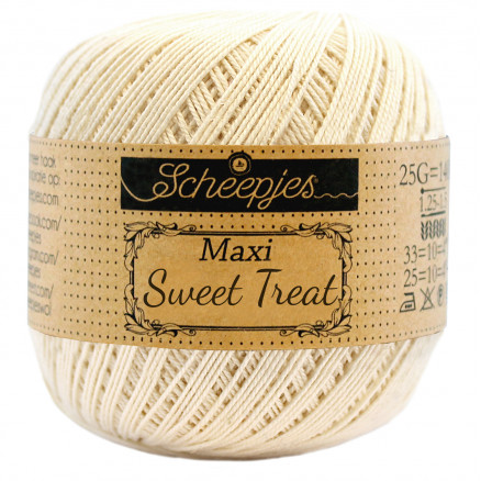 Image of   Scheepjes Maxi Sweet Treat Garn Unicolor 130 Old Lace