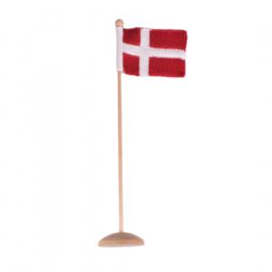 Strikket Dannebrogsflag af Rito Krea - Flag Strikkeopskrift 12x16cm