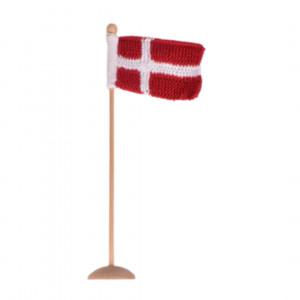 Strikket Dannebrogsflag af Rito Krea - Flag Strikkeopskrift 8x12cm
