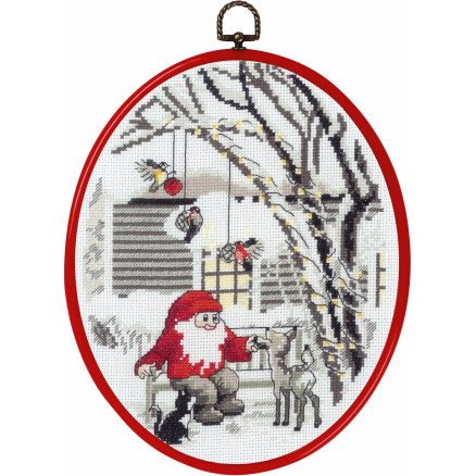 Image of   Permin Broderikit med Ramme Nisse i haven 20x26cm