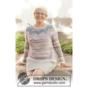 Egyptian Feathers by DROPS Design - Bluse Strikkeopskrift str. S - XXXL