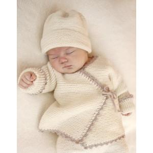 Bedtime Stories by DROPS Design - Baby Jakke Strikkeopskrift str. præmatur - 3/4 år