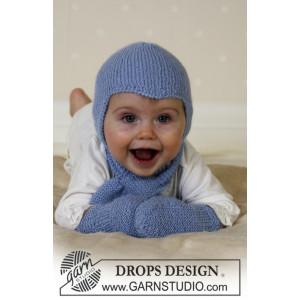 Baby Aviator Hat by DROPS Design - Djævlehue, Halstørklæde og Vanter Strikkeopskrift str. 1/3 mdr - 3/4 år
