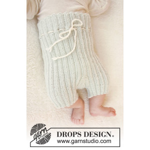 First Impression Shorts by DROPS Design - Baby shorts Strikkeopskrift str. Præmatur - 3/4 år