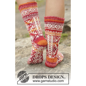 Mexican Sunset by DROPS Design - Sokker Strikkeopskrift str. 35/37 - 41/43