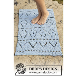 Boardwalk by DROPS Design - Gulvtæppe Hækleopskrift 61x100 - 73x123 cm
