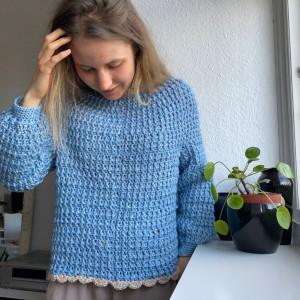 Lily's Sweater af Rito Krea - Sweater Hækleopskrift str. XS-XL