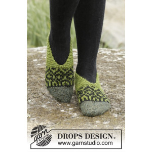 Olive Love by DROPS Design - Tøfler Strikkeopskrift str. 35/37 - 40/42