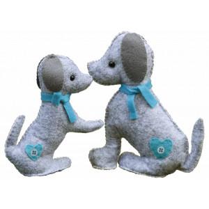 Go handmade – Go handmade sykit hundene mulle og julle 18 cm og 15 cm fra rito.dk