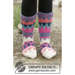 Colorful Winter by DROPS Design - Sokker Hæklekit str. 35/37 - 41/43
