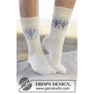 Nordic Summer Socks by DROPS Design - Sokker Strikkeopskrift str. 35/37 - 41/43