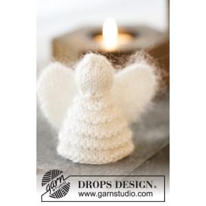 Christmas Cherub by DROPS Design - Engle Julepynt Strikkeopskrift 7,5 cm - 2 stk