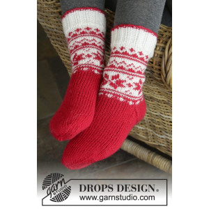 Merry & Warm by DROPS Design - Sokker Strikkeopskrift str. 32/34 - 41/43