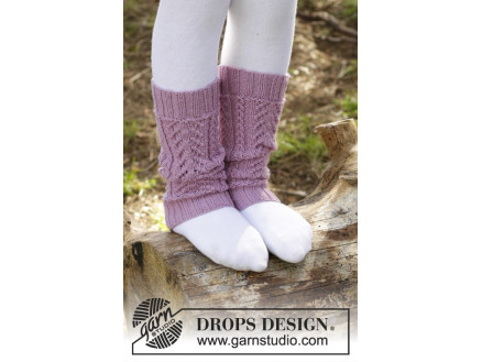 Image of   Raspberry Cream by DROPS Design - Benvarmere Strikkeopskrift 24 cm